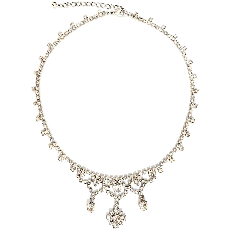 スワロフスキーを使ったブライダル ネックレスのシンプル。お花のモチーフで人気のかわいいデザイン 125S