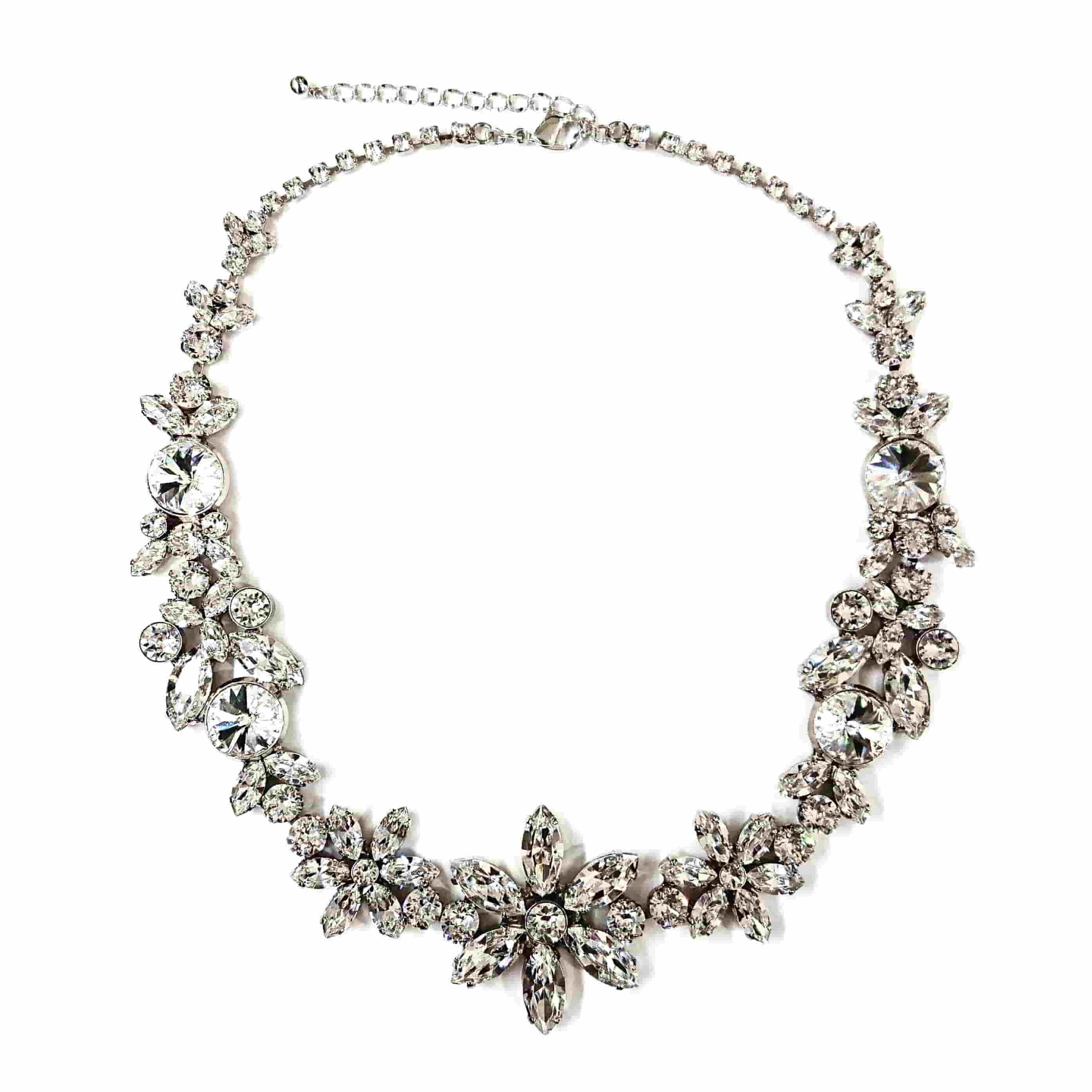 スワロフスキーを使ったブライダル ネックレス 大ぶりのモチーフでかわいいお花のデザイン №225