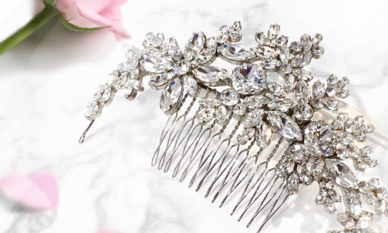 スワロフスキーを使ったウェディング ヘアアクセサリー:ヘッドドレス:お花モチーフでエレガント:品番№206-1433