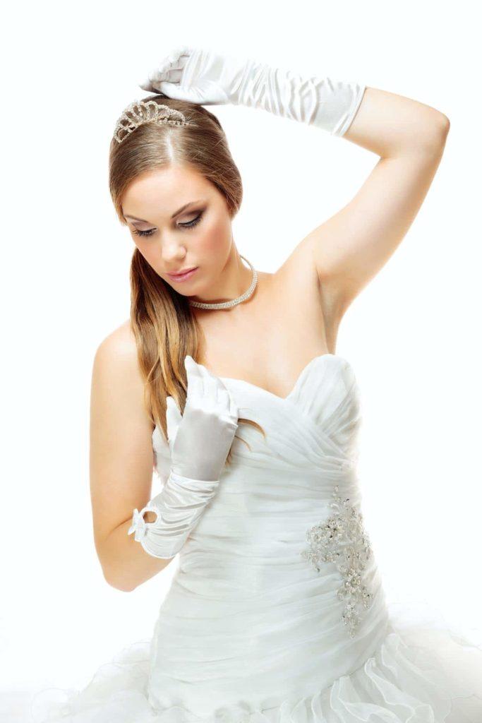 ウェディングドレス デザイン ハートカット ビスチェ
